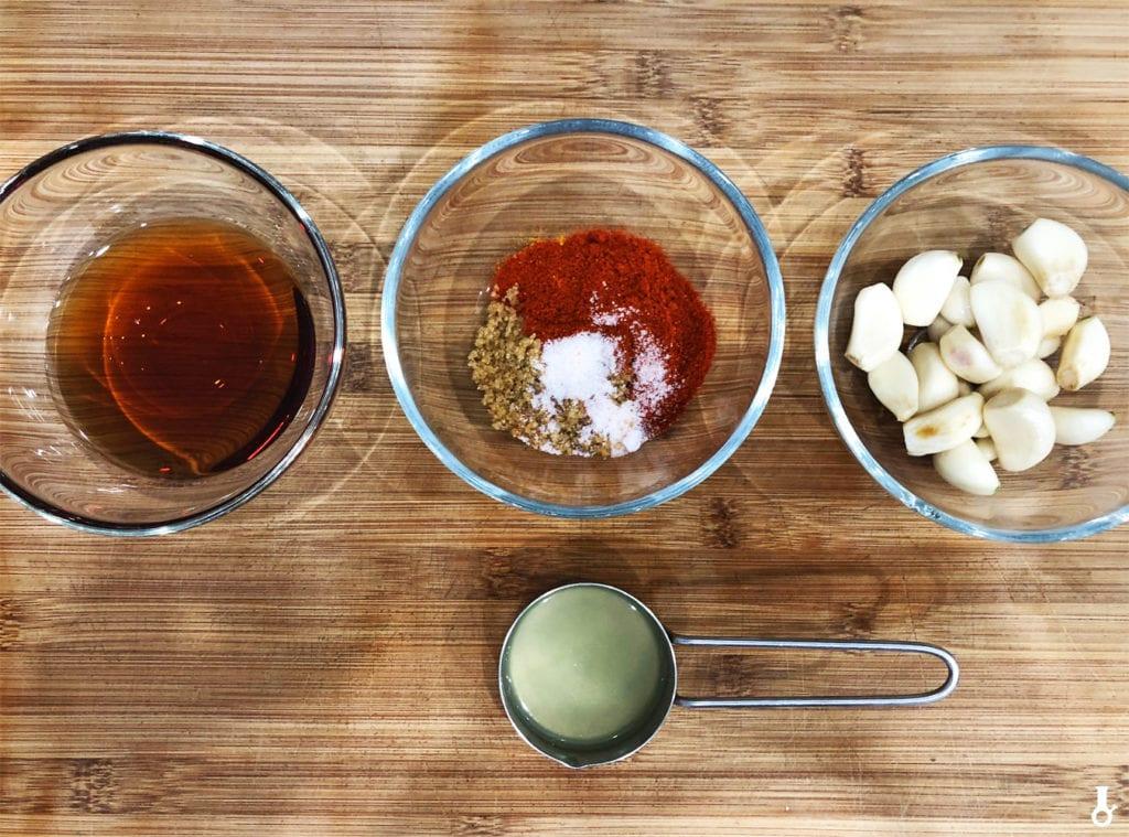 składniki na pikle z czosnku