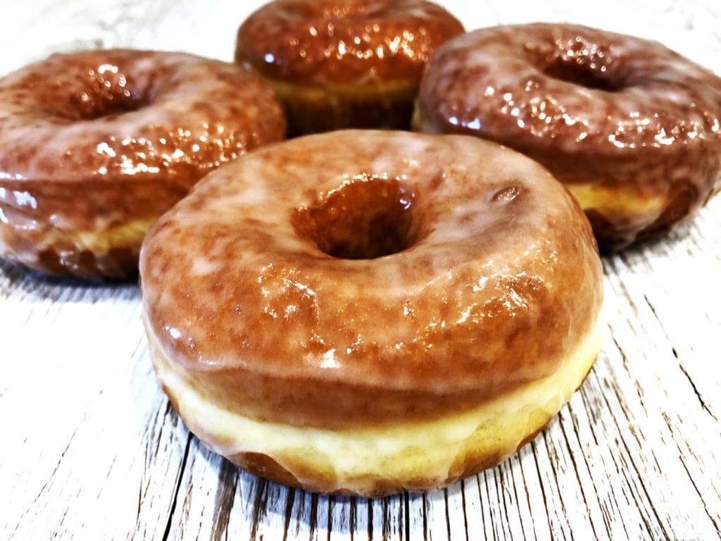donuty z lukrem limonkowym