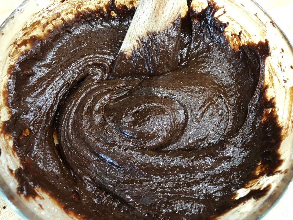 masa na spód brownie w misce