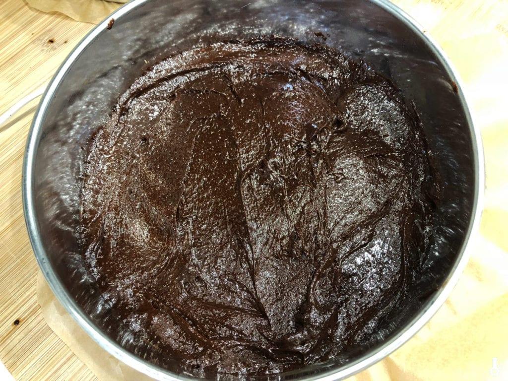 spód brownie przed pieczeniem