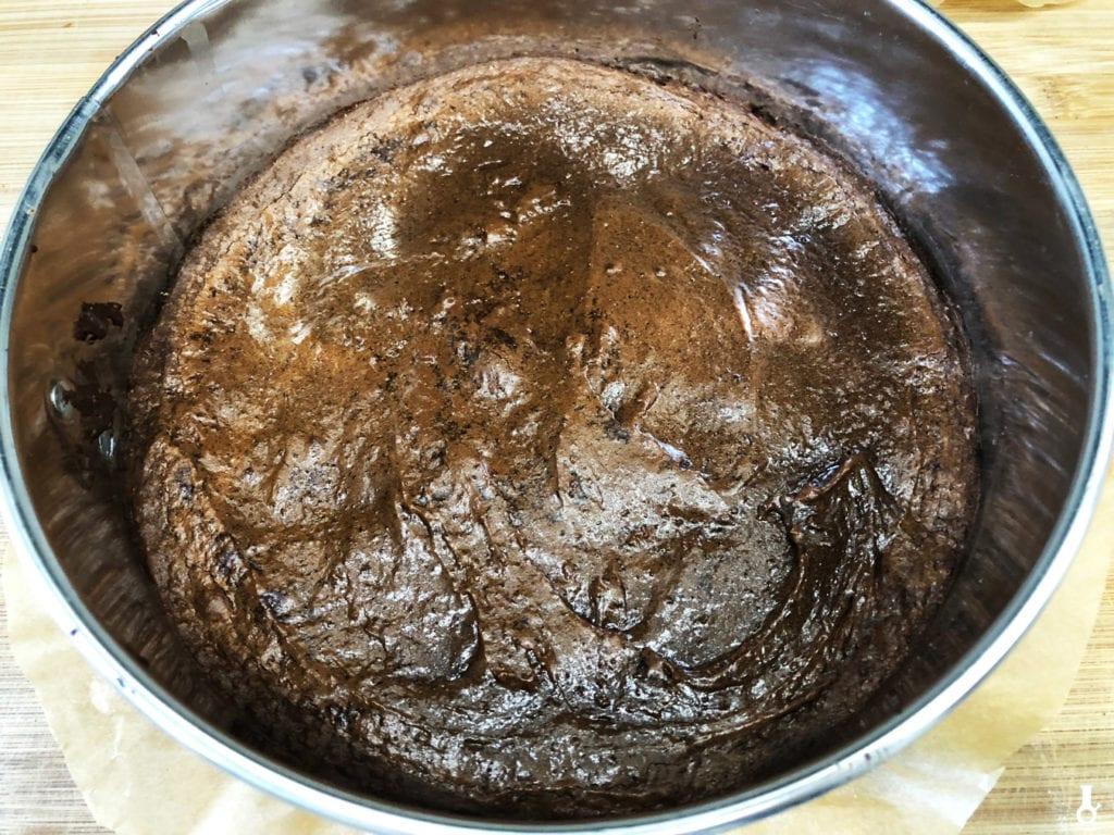 upieczony spód brownie