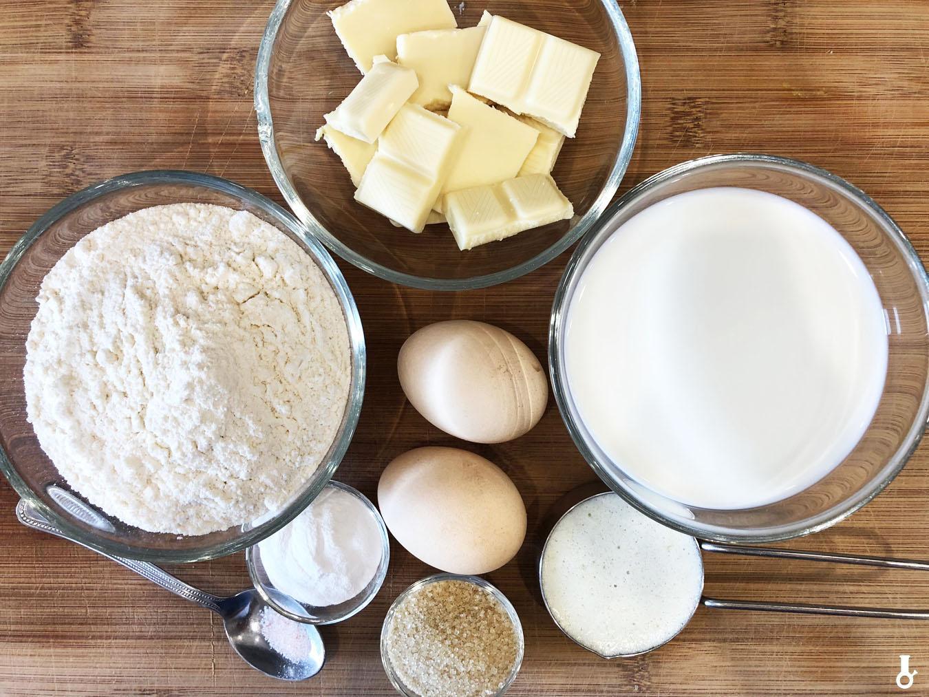 składniki na pankejki z białą czekoladą