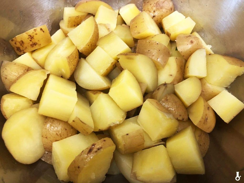 ugotowane ziemniaki w misce