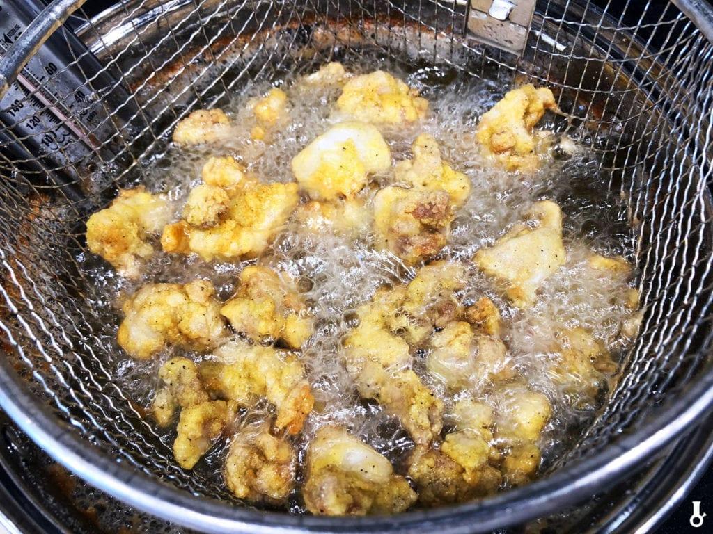kurczak smażony w głębokim oleju