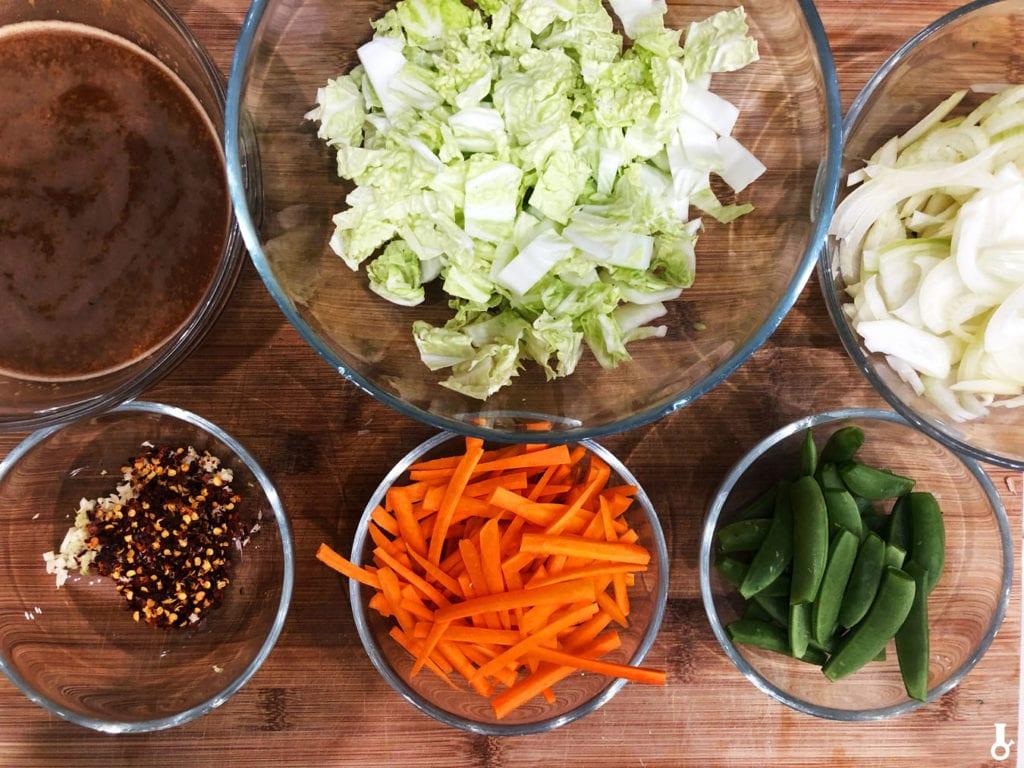 składniki na warzywa w sosie hoisin