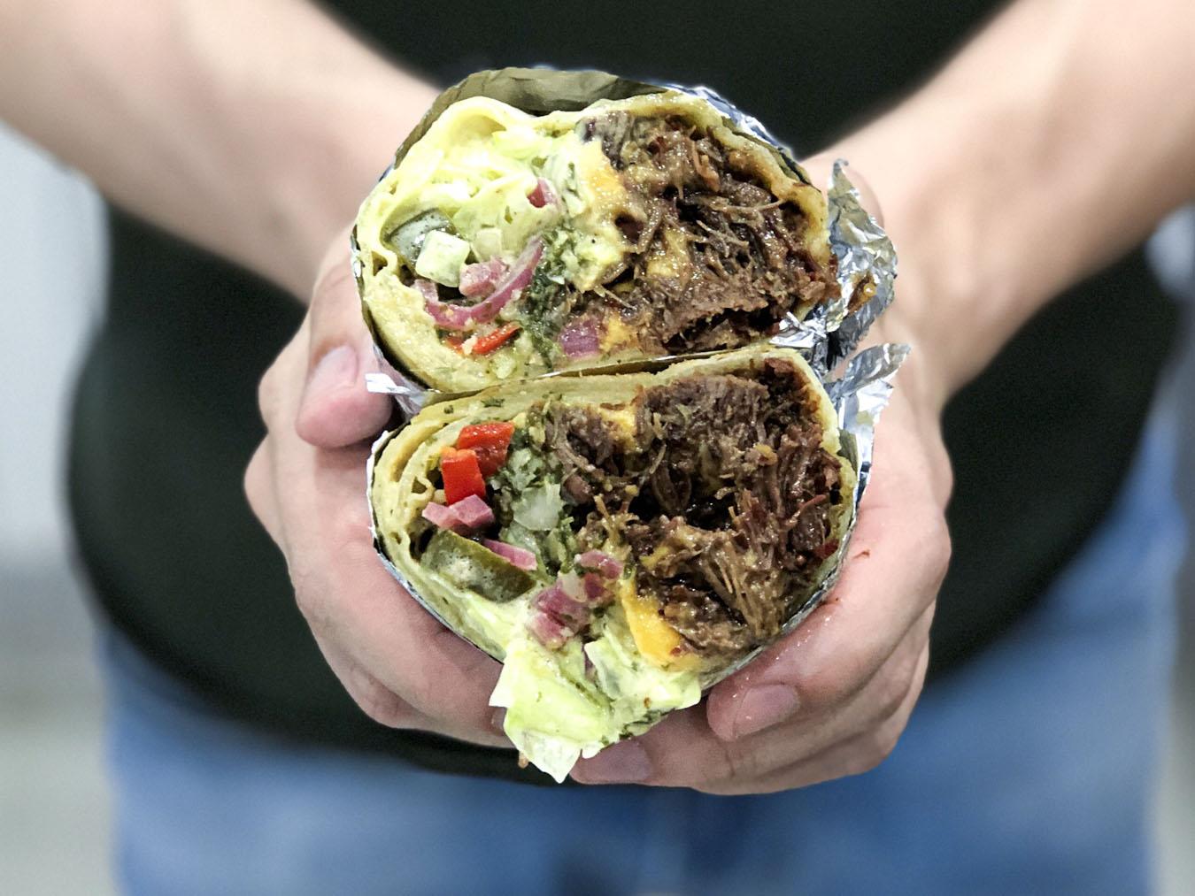 https://www.stonerchef.pl/wp-content/uploads/2019/06/gotowe-burrito-z-policzkami-wolowymi.jpg